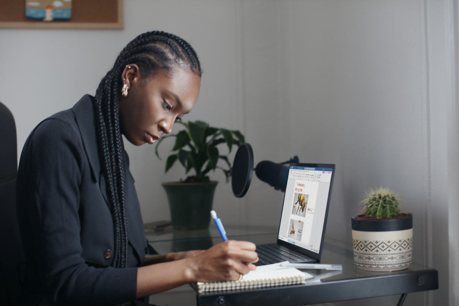 As an employee, what are my tax deductible expenses?